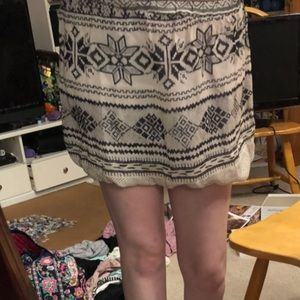 3 for $15:) Small black and white patterned skirt